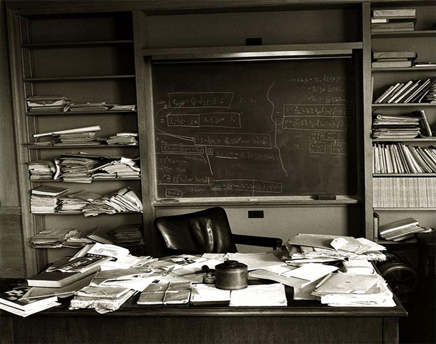 Einstein'in Masası - Einstein'den Hayat Dersi
