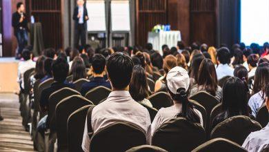 Photo of Topluluk Önünde Konuşma – İyi Bir Konuşmacı Olmak İçin 7 Adım